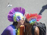 """Homosexualität als Krankheit: Brasilien erlaubt Schwulen-""""Therapie"""""""