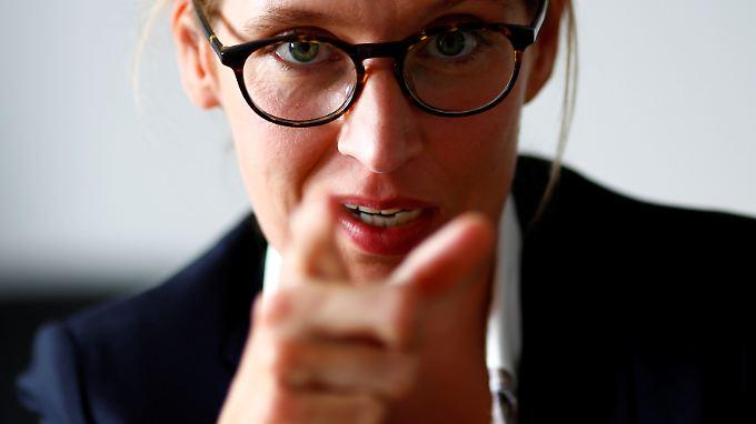 Spitzenkandidatin Alice Weidel wurde anfangs als gemäßigter, liberaler Akteur wahrgenommen. Das Bild hat sich gewandelt.