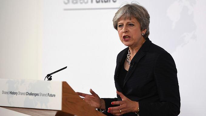 Einsam gemeinsam: So stellt sich Theresa May die zukünftige Beziehung zwischen Großbritannien und der EU vor.