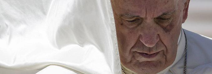 """""""Verbreitung von Häresien"""": Traditionalisten greifen Papst an"""