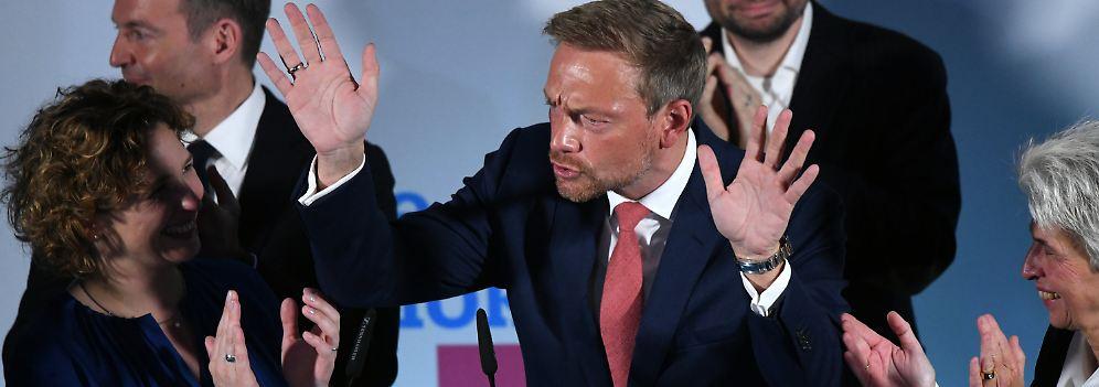 """""""Die FDP ist ein Lebensgefühl"""": Die Liberalen feiern wie im Berghain"""
