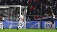 Die Münchner waren mit den Gegentoren von Dani Alves (2.), ...