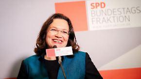 Zähe Koalitionsverhandlungen: Nahles krawallig, Schröder skeptisch, Seehofer stoisch
