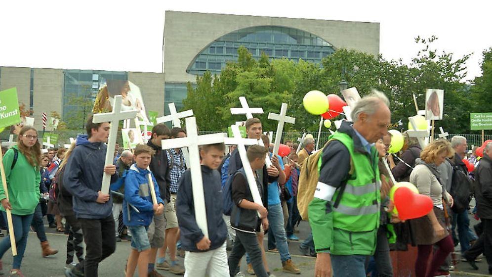 n-tv Dokumentation: Radikale Christen - Im Namen der Sekte