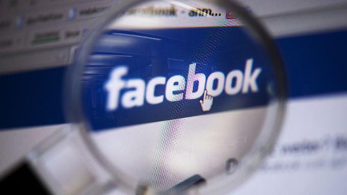 Facebook legt dem US-Kongress 3000 Anzeigen vor, mit denen sich der ausländische Einfluss auf die Wahl nachvollziehen lassen soll.