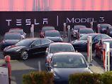 Produktionsengpässe: Tesla hinkt bei Model 3 deutlich hinterher