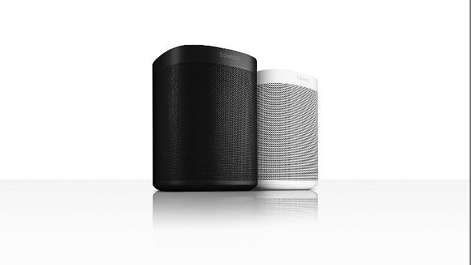 Sonos bietet den Play One in Schwarz und Weiß an.