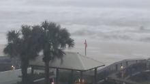 "Hurrikan am Golf von Mexiko: ""Nate"" prallt auf US-Staat Louisiana"