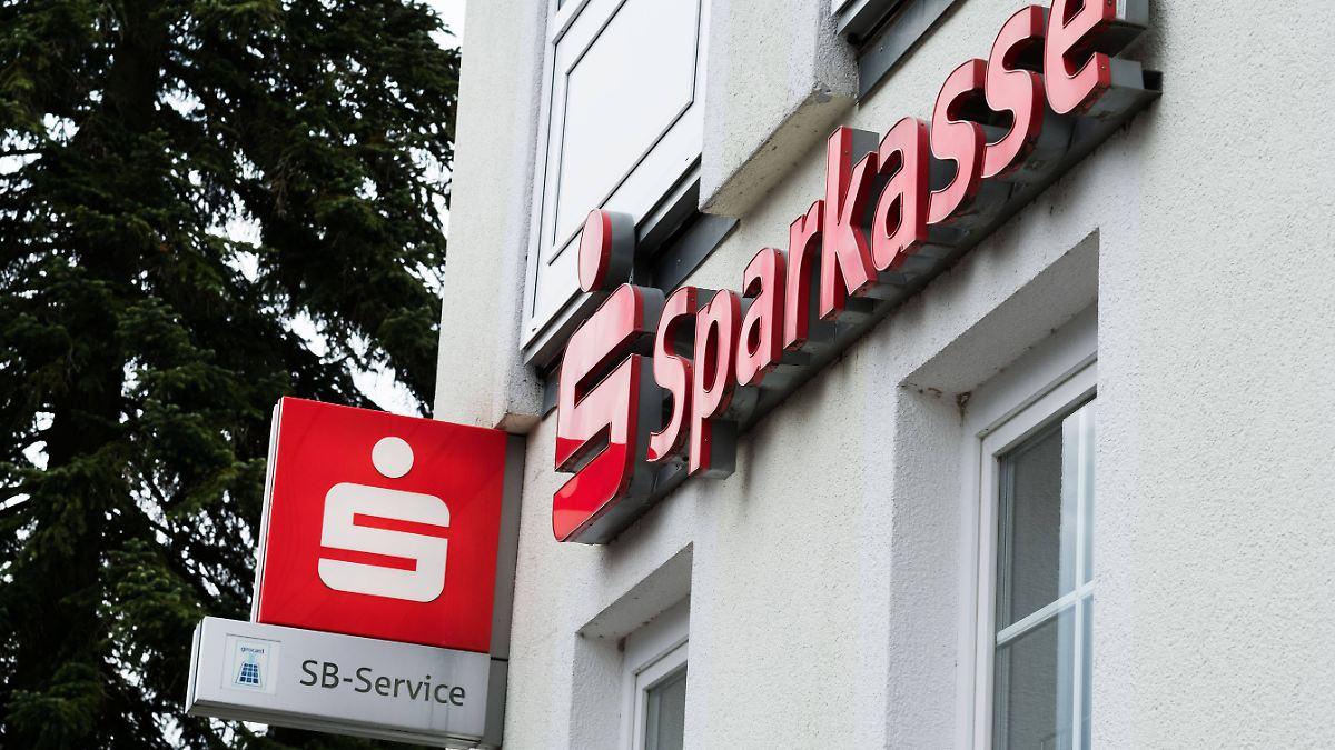 Immer mehr Bankfilialen schließen