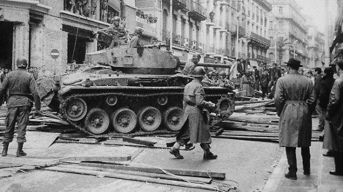 Der Algerienkrieg ist mit Hunderttausenden Opfern einer der blutigsten Unabhängigkeitskriege.