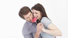 Gelerntes Verhalten: Frauen teilen eher als Männer