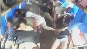 Kaum zu glauben, aber wahr: Buspassagiere entgehen knapp einer Katastrophe