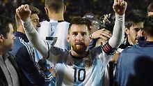 Erleichterung pur: Weltstar Lionel Messi darf sein Können auch bei der WM in Russland zeigen - Argentinien qualifiziert sich auf den letzten Drücker.
