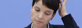 Einzelheiten in Kürze: Petry-Vertrauter meldet neue Partei an