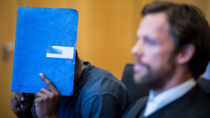 Der 28-Jährige äußerte sich vor Gericht nicht zu den Vorwürfen, an seiner Täterschaft gibt es aber keinen Zweifel.