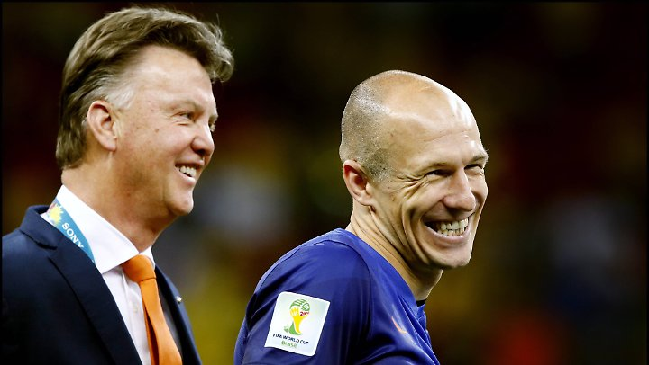 Platz drei bei der WM in Brasilien: Louis van Gaal und Arjen Robben.
