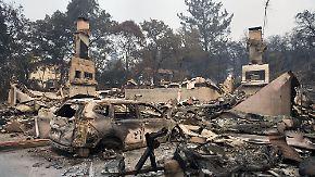 Mehr als 20 Tote in Kalifornien: Waldbrände legen Siedlungen in Schutt und Asche