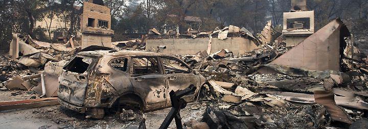 """23 Tote in """"Kriegsgebiet"""" Kalifornien: Waldbrände legen Siedlungen in Schutt und Asche"""