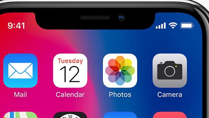 """Die für die Face ID verwendete """"True-Depth-Kamera"""" ist so offenbar schwierig herzustellen, dass sie die Produktion des iPhone X deutlich verzögert."""