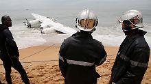 Vor Elfenbeinküste zerschellt: Vier Menschen sterben bei Flugzeugabsturz