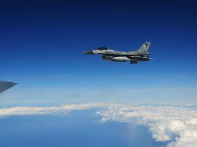 Elektronik-Update für die Kampfjet-Flotte: Eine F-16 der griechischen Luftwaffe.