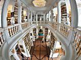 Der Börsen-Tag: Bibliothek soll eine Milliarde an der Börse erlösen