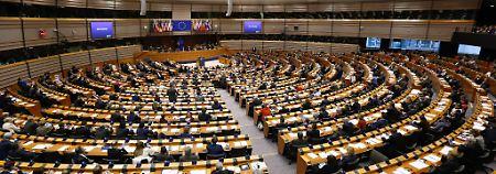 Belästigung im Europaparlament: Frauen beschuldigen EU-Abgeordnete