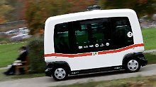 Kein Lenkrad, kein Pedal: Erster autonomer Bus fährt im Nahverkehr
