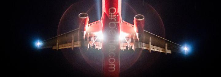 Rechtsexperten machen Mut: Air Berliner hoffen auf Rettung ihrer Jobs