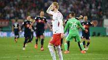 Elferkrimi nach ewiger Überzahl: FC Bayern kämpft RB Leipzig aus dem Pokal
