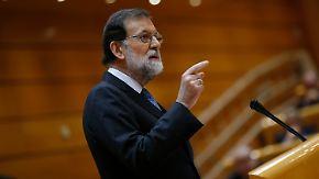 Krise in Katalonien spitzt sich zu: Rajoy entmachtet Puigdemont