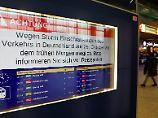 """Sturm """"Herwart"""" flutet Hamburg: Bahn stellt Zugverkehr im Norden ein"""