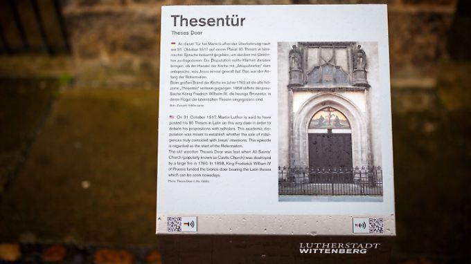 Schlosskirche in Wittenberg: An diese Tür soll am 31. Oktober 1517  Martin Luther 95 Thesen geschlagen haben.