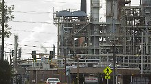CO2-Ausstoß bleibt unverändert: Großkonzerne sind reuelose Umweltsünder