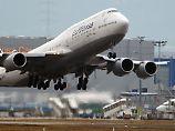 Erstmals auf Kurzstrecke: Lufthansa-Jumbo landet in Tegel