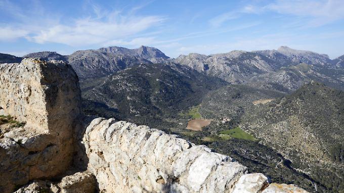 Auf dem Wanderweg Camí dels Pintors im Nordwesten Mallorcas ist es in den letzten Jahren schon häufiger zu schweren Unfällen gekommen.  Forderungen, die gefährlichsten Stellen abzusichern, verhallten bisher ungehört.