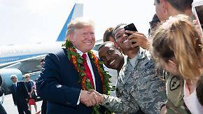 """""""Samurai""""-Spruch sorgt für Irritationen: Trump golft und lässt sich in Asien feiern"""