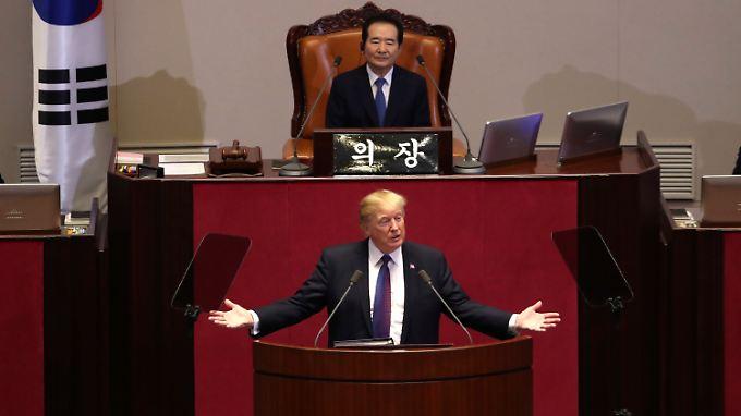 """US-Präsident ein Jahr im Amt: Trump zeigt Nordkorea """"Weg zu einer viel besseren Zukunft"""" auf"""
