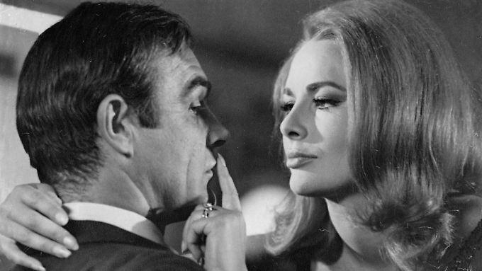 """Dor mit Sean Connery als James Bond in """"Man lebt nur zweimal""""."""