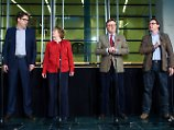Die Generalsekretäre - beziehungsweise im Fall der CDU: der parlamentarische Geschäftsführer - tragen die Zwischenergebnisse vor.