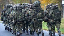 Gemeinsame Einheiten und Rüstung: EU-Staaten schmieden Verteidigungsbündnis