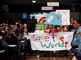 """""""In Bonn hat sich außerhalb und innerhalb der Konferenzsäle ein Geist entwickelt, der weiter wirkt"""", sagt Schellnhuber."""