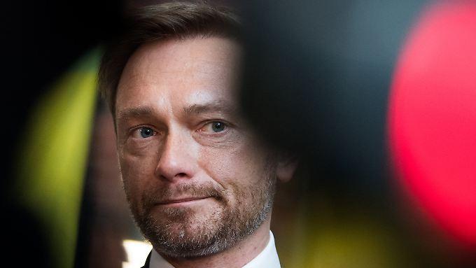 """Hält viele der diskutierten Maßnahmen während der Sondierungen für """"schädlich"""": Christian Lindner."""