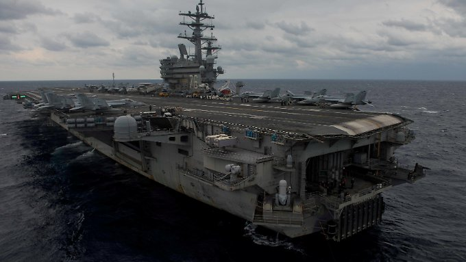 """Der Jet erreichte sein Ziel, die """"USS Ronald Reagan"""", nicht."""