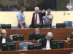 Völkermord von Srebrenica: Ex-General Mladic muss lebenslang in Haft