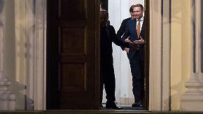 Kritik an Grünen: Lindner fühlt sich von Merkel benachteiligt