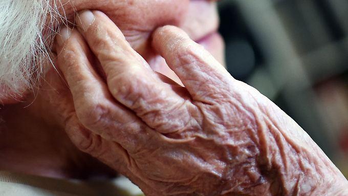 Zuletzt stieg die Lebenserwartung in Deutschland auf fast 81 Jahre.
