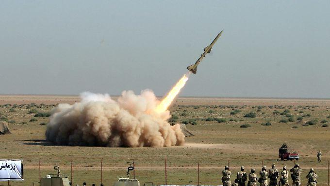 Seit Jahren steht der Iran wegen Raketentests in der Kritik.