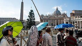 Künftig dürfen chinesische Reisegruppen die italienisch-vatikanische Grenze nicht mehr überqueren.