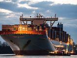 Bahn frei für Containerriesen?: Gericht weist Klagen gegen Elbvertiefung ab
